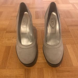 TOD'S suede heels size 40